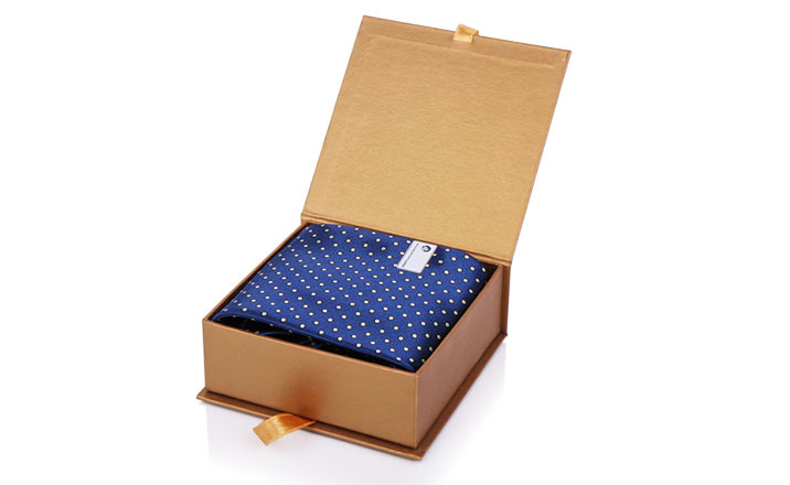 Luxury packaging - Box for Gifts 02