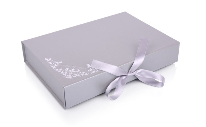 Luxury packaging - Box for Books 04