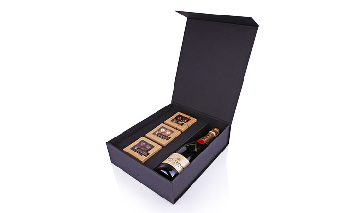 Luxury packaging - Box for Bottles 02