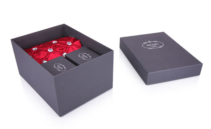 Luxury packaging - Box for Textiles 02
