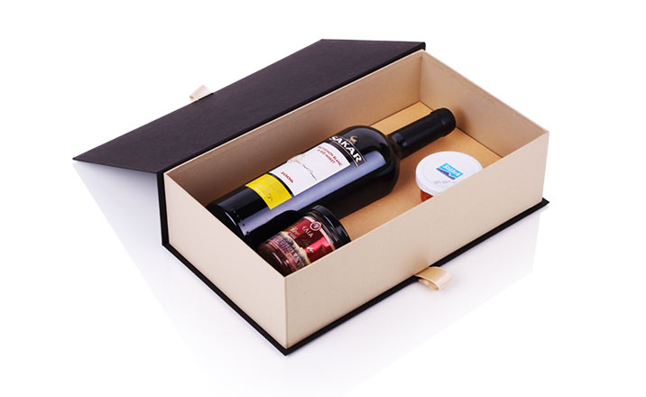 Luxury packaging - Box for Bottles 17