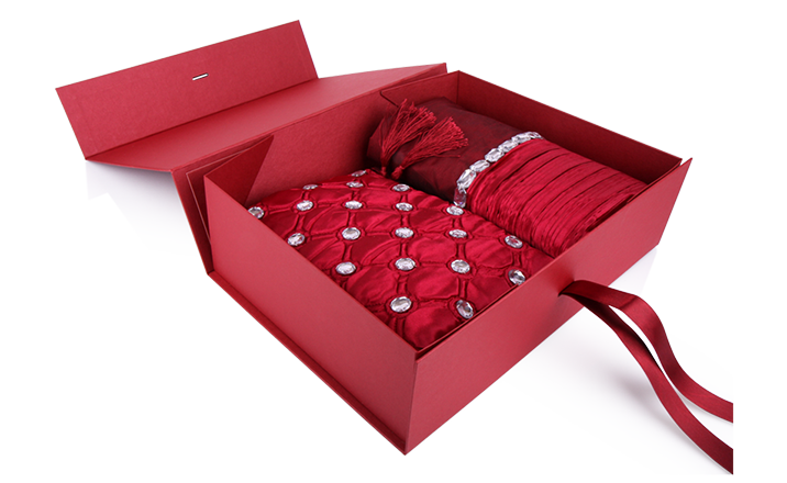 Luxury packaging - Box for Textiles 03